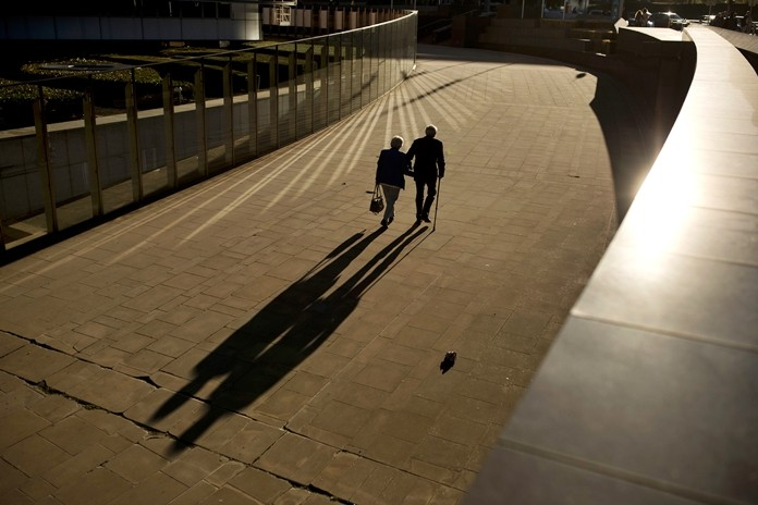 Research released on Sunday, July 14, 2019 suggests that a healthy lifestyle can cut the risk of developing Alzheimer's even if you've inherited genes that raise your risk for the mind-destroying disease. (AP Photo/Francisco Seco, File)