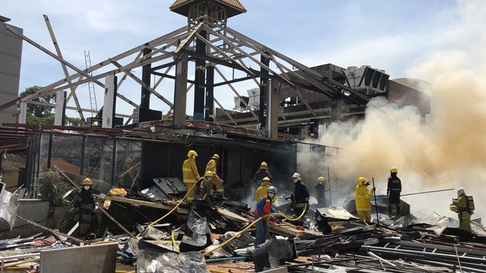 Fire destroyed construction materials at the failed Pattaya Dragon entertainment complex on Second Road.