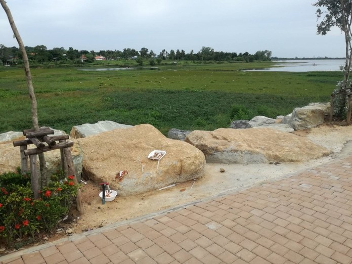 Nongprue will immediately place trash cans around the subdistrict's new Chak Nok Reservoir Park, but benches and weed barriers will have to wait, Mayor Mai Chaiyanit said.
