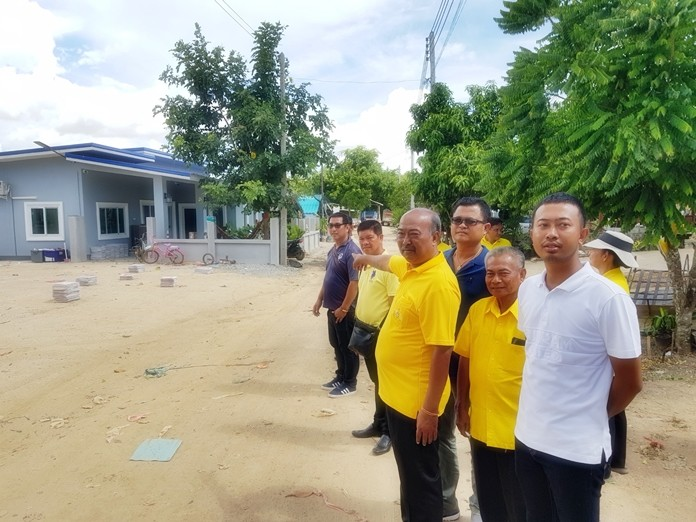 Takhiantia Mayor Manop Prakobtham lashed out against criticism that he was ignoring the will of the people, saying he hears them, but that bureaucratic red tape and compliance with laws can slow things down.