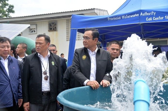 PM Prayuth Chan-ocha follows up on the drought situation in Surin and Buriram provinces.