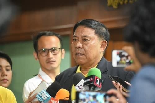 Bangkok Governor Gen Assawin Khwanmuang.