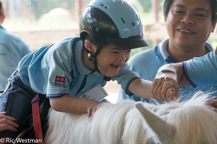 Able the Disabled Foundation at Horseshoe Point Pattaya, which offers a programme to parents with special needs children, both severe or very mild, is looking for volunteers.