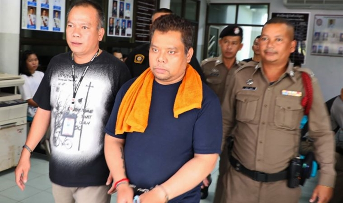 Pattaya Court on Wednesday passed down death sentences for Panya Yingdung (Sia Uan, pictured), a licensee and pub owner in Patong Beach, Phuket, and two of his associates for the murder of Paweena Namuangrak and Anantachai Jaritram. The sentences have been commuted to life in prison due to their confession and cooperation.