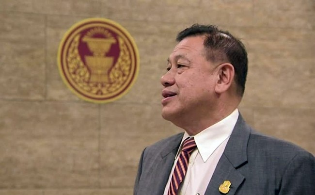 Chief Government Whip Wirat Ratanaset said each side will be given 15 hours to debate the national budget bill.