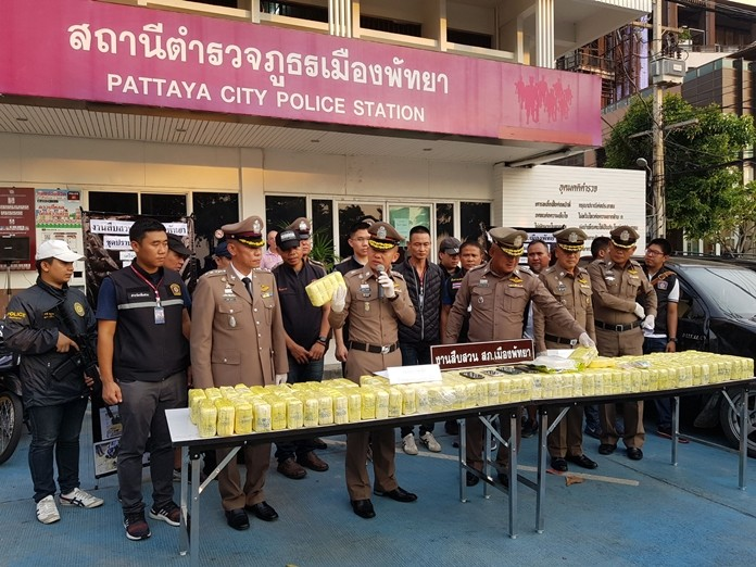 Pattaya Police announced Oct. 1 the culmination of a 2-year investigation has led to five arrests and the largest methamphetamine haul in over a decade. Over 900,000 ya ba tablets with a street value of 100 million baht were confiscated along with 1-kg of crystal methamphetamine.