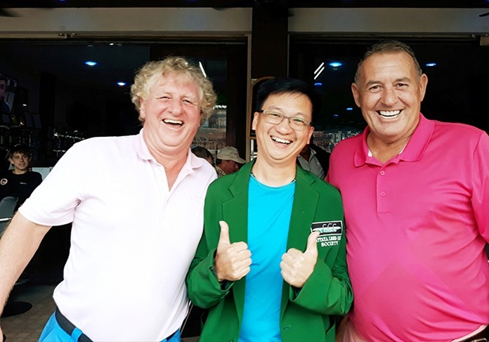 Winner B flight Chris Chin with Maurice Roberts (L) and Phil Davies (R).