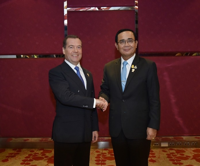 Gen Prayut Chan-o-cha greets Dmitry Medvedev the Prime Minister of Russia.
