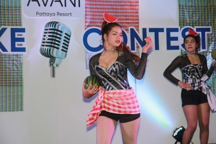 The Avani Pattaya Resort hosted a charity karaoke contest to raise funds for the Redemptorist School for the Blind.