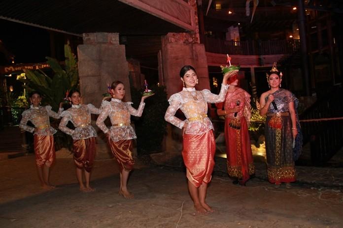 Beautiful Miss Noppamas enter the festival at the Centara Grand Mirage Beach Resort.