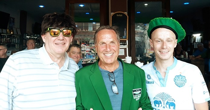 Winner A flight Bill Copeland with Mick Dunning (L) and Richie McIntosh (R).