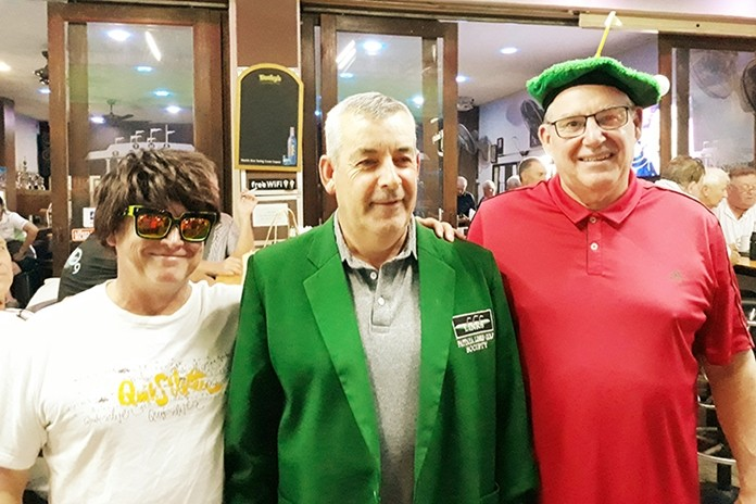 Joe Liffey (Green Jacket), with Guy Stewart (L) and Mick Dunning (R).
