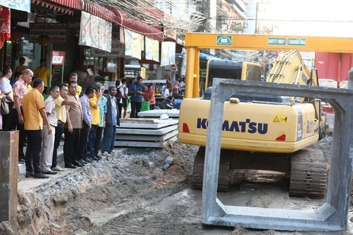 Mayor Sonthaya Kunplome, city engineers and community leaders toured the roadwork on Naklua's Sawangfa Road and expect it to wrap in mid-to-late December.