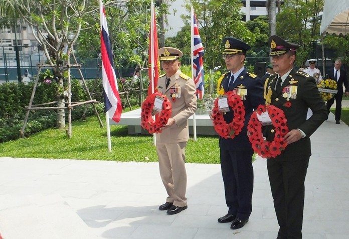Thai military representatives joined the Remembrance Service to pay their respects.