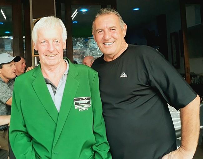 B flight winner Larry Slattery with Phil Davies.