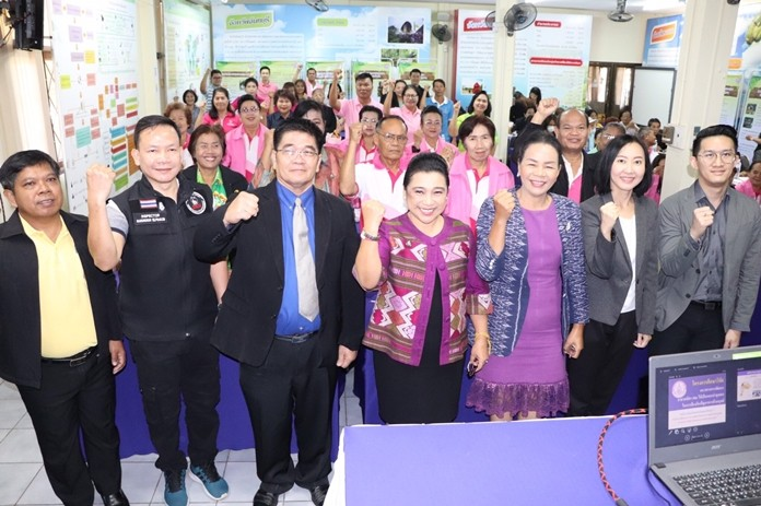 Rungtiwa Suddan (center), director of technical promotion and support for the Social Development and Human Security Ministry's Chonburi office, taught volunteers how to spot and prevent human-trafficking.