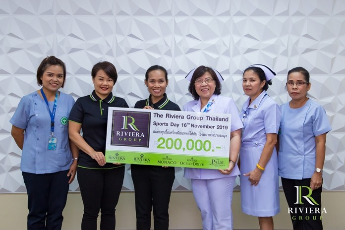 Founder Sukanya Gale and Marketing Manager Uboljit Thumchob led employees in presenting 200,000 baht to Banglamung Hospital to purchase new medical equipment.
