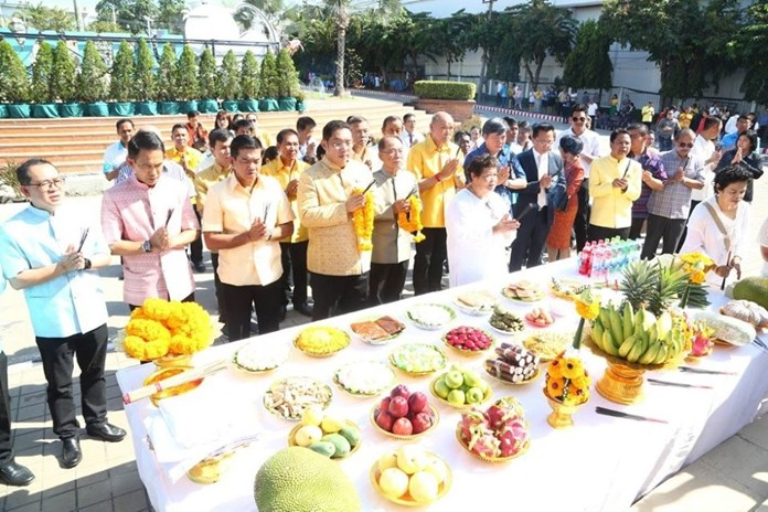 Government officials marked the 41st anniversary of Pattaya's founding with a merit-making ceremony at city hall.
