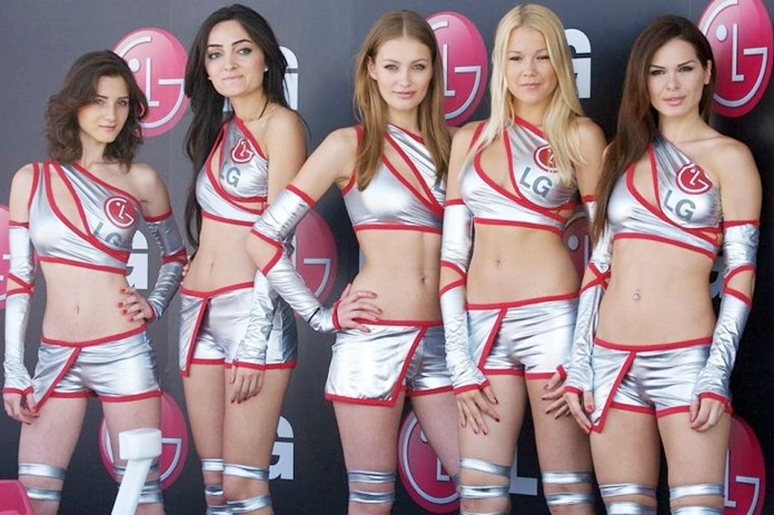 Bring back the grid girls.