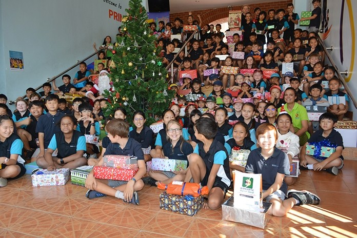 Ms Margie from Hand to Hand came and collected over 180 presents for the children she helps.