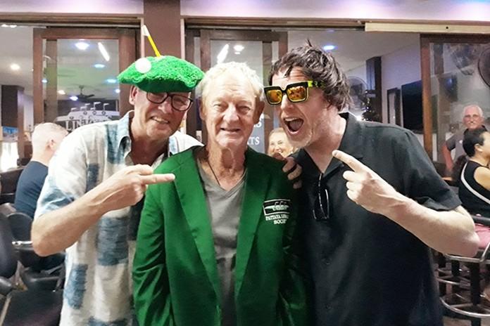 B flight winner John Coetzee with Mikael Lindberg (L) and Gavin McDonald (R).