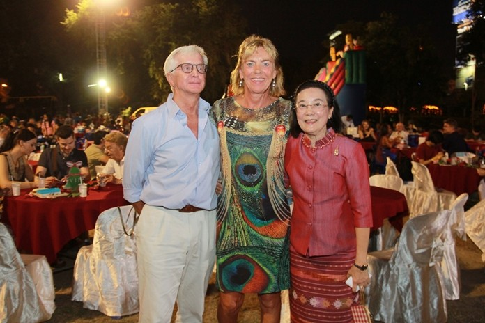HHNFT Director Radchada Chomjinda welcomes Hubert Grevenkamp (left) and Renee de Vaans (right).