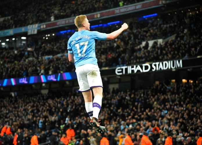 Manchester City's Kevin De Bruyne celebrates after scoring his side's second goal during the English Premier League soccer match between Manchester City and Sheffield United at Etihad stadium in Manchester, England, Sunday, Dec. 29, 2019. (AP Photo/Rui Vieira)