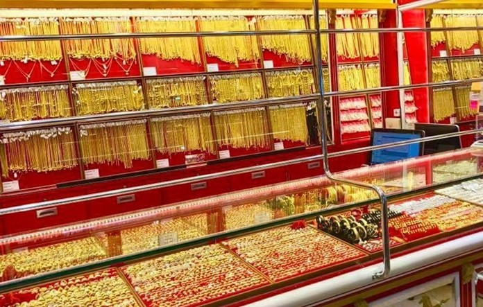 Gold prices are staging their annual rally before Chinese New Year and Pattaya residents are cashing in.