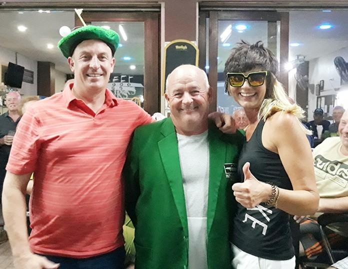 A flight winner Paul Durkan with Jason Gillespie (L) and Nicole Gerstenberg (R).