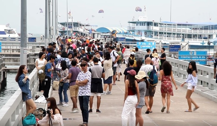 Beijing's banning of overseas tour groups to control the outbreak of the nCoV-2019 coronavirus will devastate Thai tourism attractions that spurn western and Thai tourists to exploit the Chinese market.