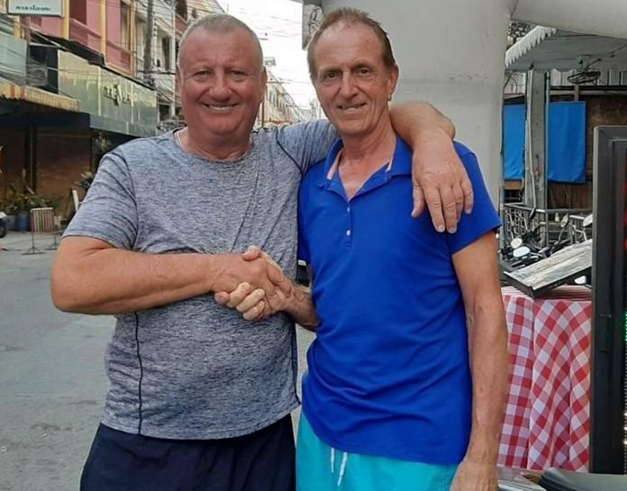 (L to R) Monday's winner Glenn Smith with Dave Maw.