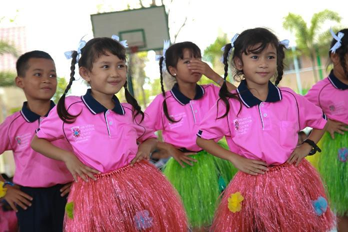 CPDC children put on three dance performances for the guests.