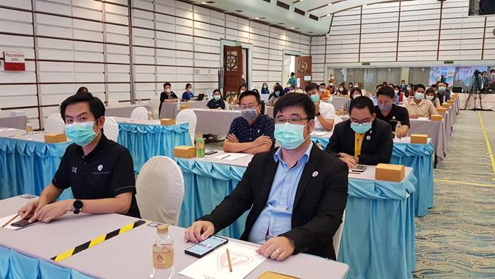 Pattaya tourism and business leaders with Bangkok Hospital Pattaya management staged a COVID-19 workshop at the Asia Pattaya Hotel.