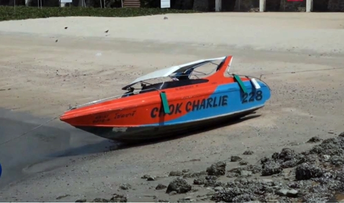 A speed boat is seen deserted perhaps for already longer than a month as all of the Chinese tours were canceled to zero number since March