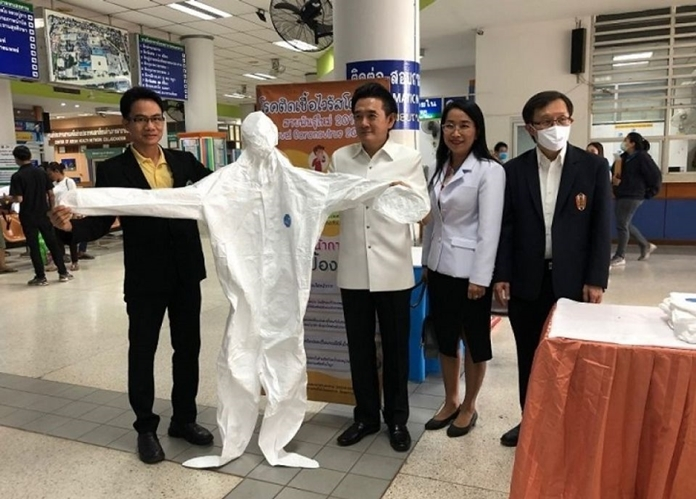 Face masks and personal protective equipment (PPE) suits worth 660 million baht will be transferred to Thailand next week to respond to the growing domestic demand during the coronavirus outbreak.
