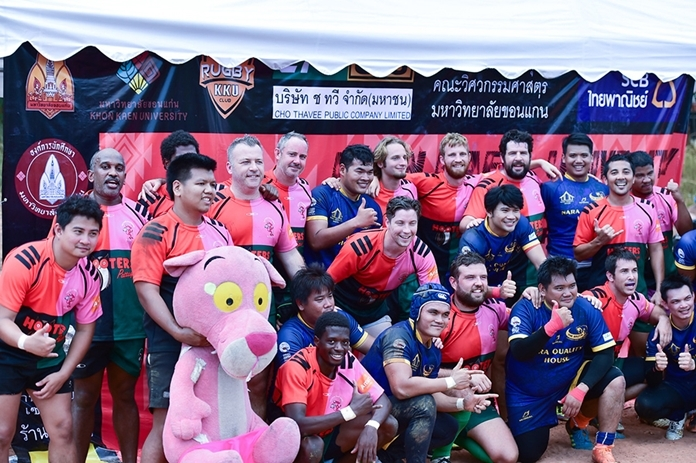Pattaya Panthers celebrate another victory at the Khon Kaen 10s.