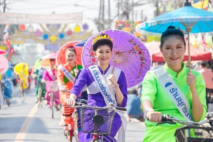 Bo Sang Umbrella and San Kamphaeng Handicraft Festival, Chiang Mail. (File Photo)