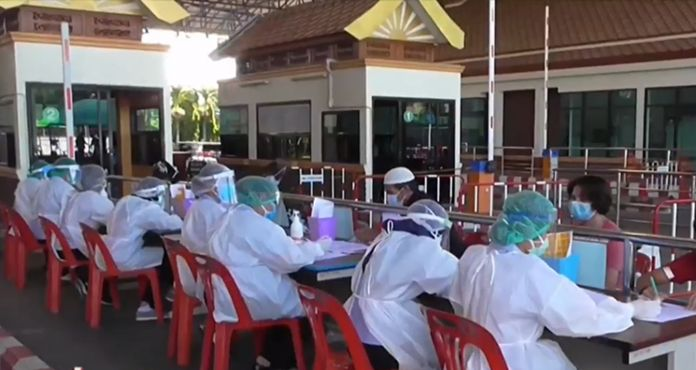 Thai returnees from Malaysia returnees have been placed in hotels set up as state quarantine in Sonkhla.