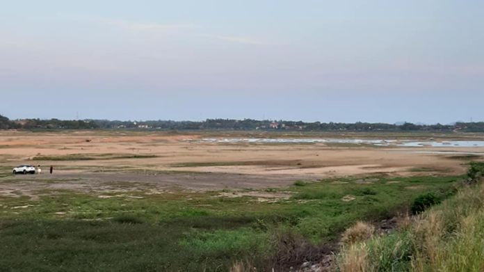 Drought-hit Mapprachan reservoir in Nongprue sub-district, one of the main water reserves supply to Pattaya City and the surrounding areas.
