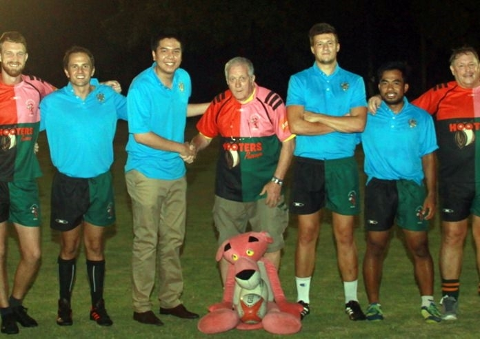 """Jim Howard, chairman of the Pattaya Panther Rugby Team (centre) and representatives from the Rugby School Thailand joined for an informal press conference in 2018 to promote this """"marriage made in heaven."""""""