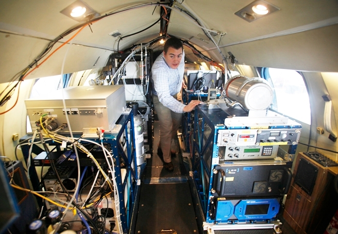 Rich Moore is an airborne atmospheric scientist at NASA's Langley Research Center. He is a 2019 recipient of the Presidential Early Career Award for Scientists and Engineers for innovative contributions to aerosol-cloud-climate interactions. Credits: NASA
