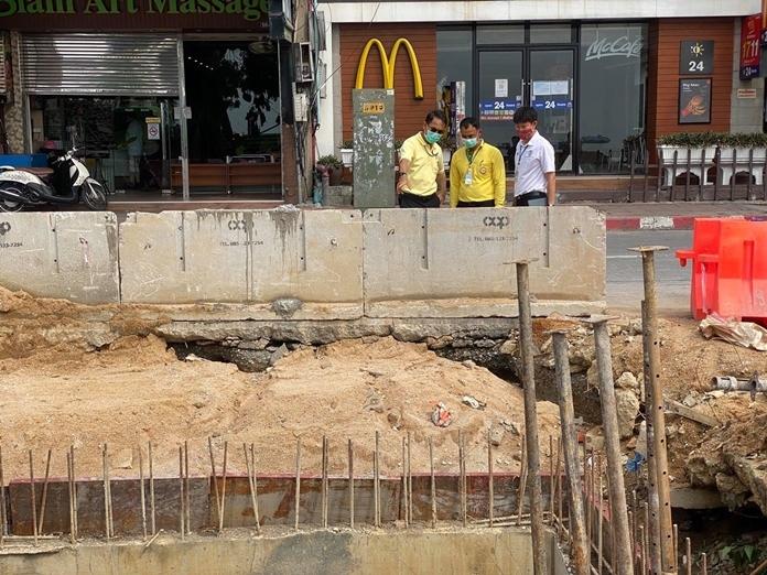 Deputy Mayor Pattana Boonsawad inspects construction progress on Beach Road.