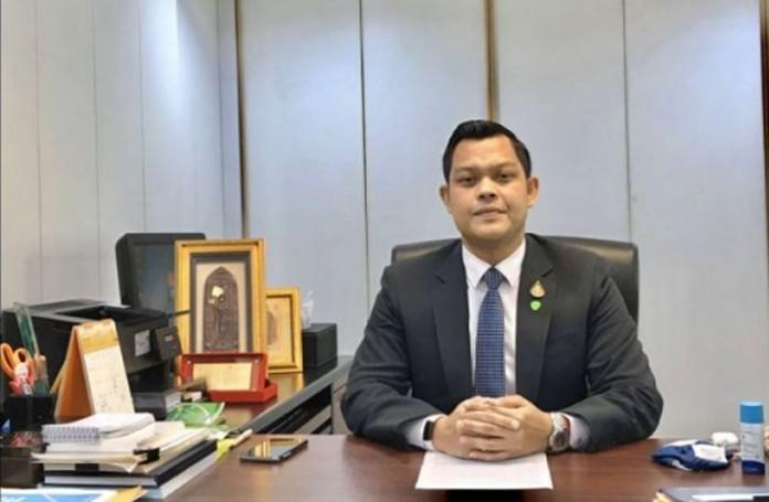 Thanakorn Wangboonkongchana, secretary to Finance Minister.