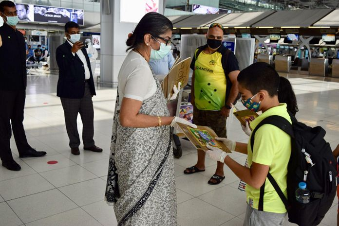 Ambassador of India, Mrs. Suchitra Durai greeted and interacted with the passengers at the Suvarnabhumi airport before seeing them off.