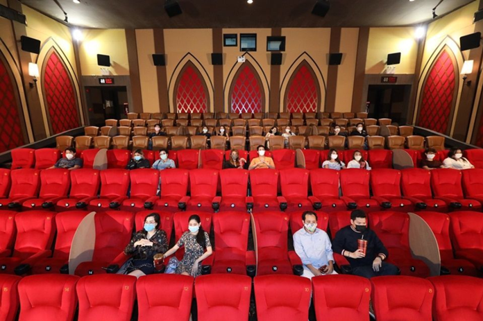Movie theaters will be reopened on June 1 with 'new normal' disease control manners focusing on social distancing and cashless payment.