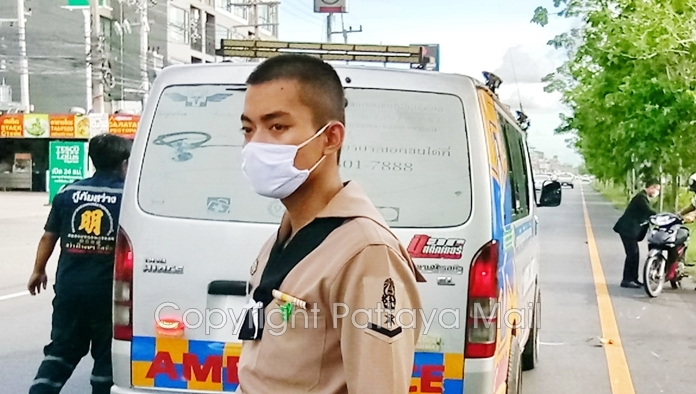 Petty Officer 3rd Class Pengsoon Napasaranon heroically provided first aid until paramedics arrived.