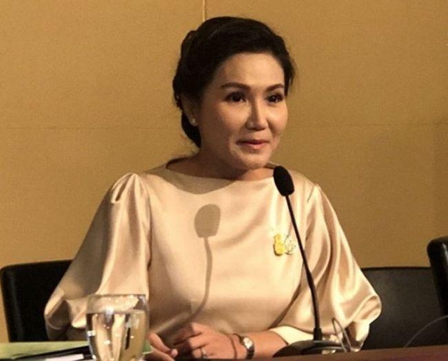 Government spokesperson Narumon Pinyosinwat.