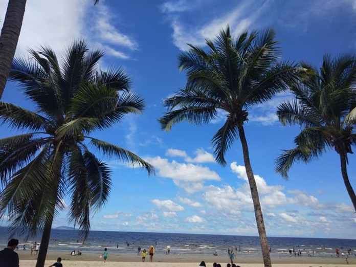 The usually crowded Bang Saen beach is now rearranged to allow proper social distancing among visitors.