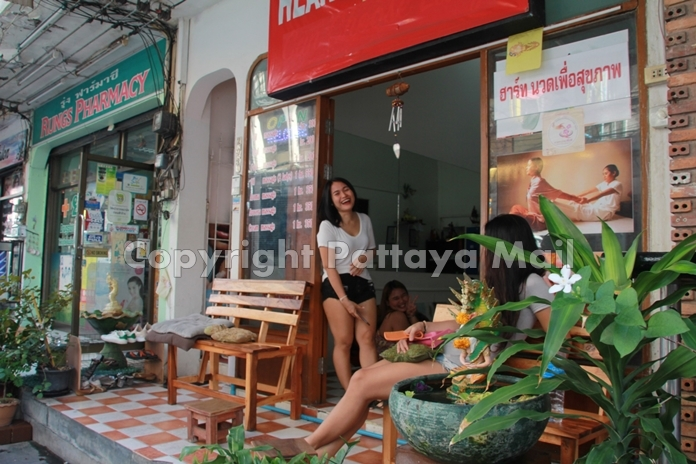 Gift, a masseuse at a massage shop on Soi Yamoto, said most pre-pandemic customers were from China, India, Europe and Thailand. Now, she said, only Thais and a few western expats are around.