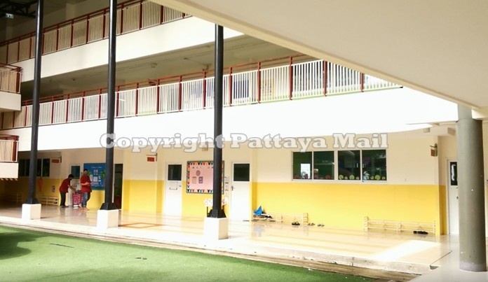 Sawang Boriboon Wittaya School has closed for five days due to reported cases of dengue fever.